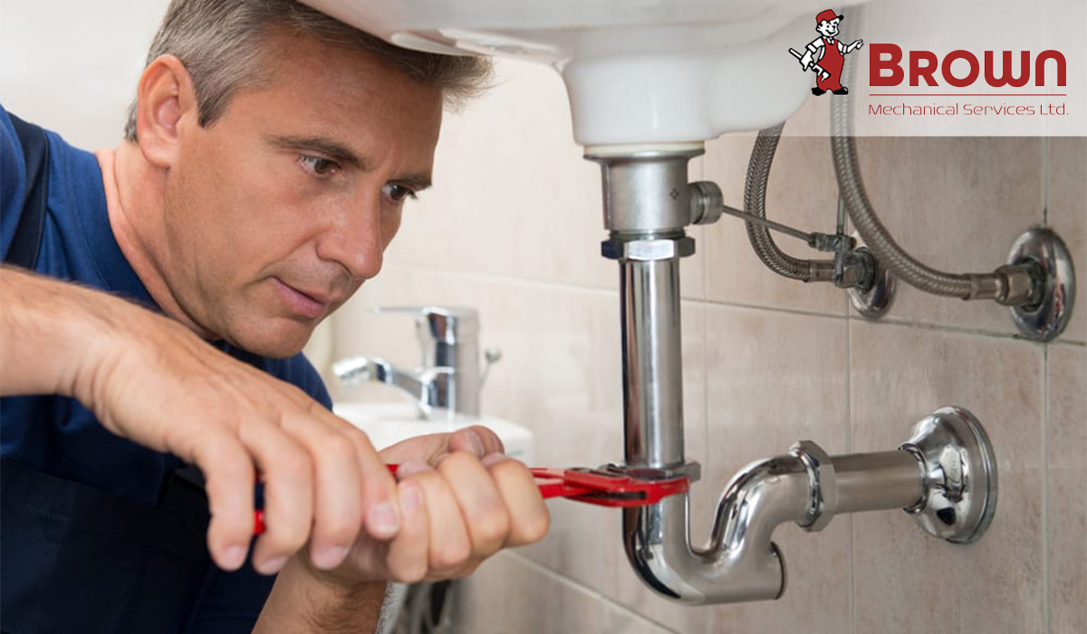 How to Detect Plumbing Problems That Commonly Cause Water Damage